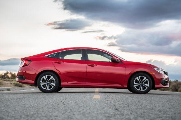 2016 Honda Civic Sedan Side Profile