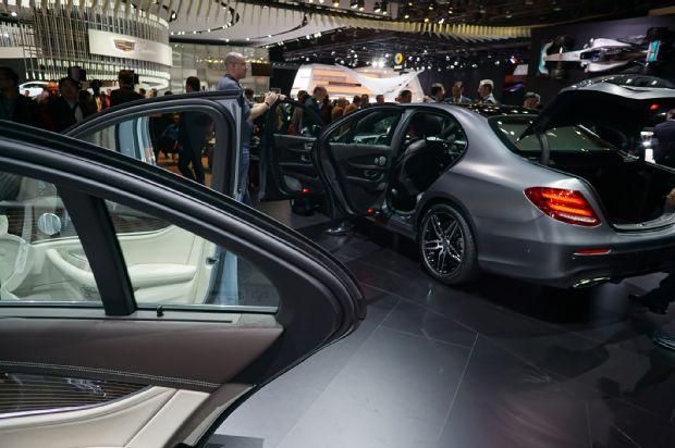 2017 Mercedes E Class Door