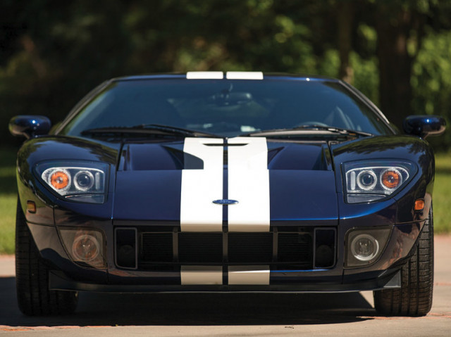Ford Gt Heads To Auction
